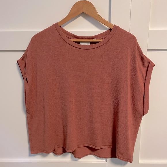 Aritzia Wilfred Free boxy t shirt - size L